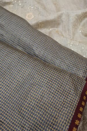 grey zari checks with beige pallu2