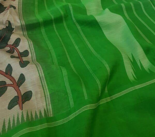 one side green korvai border kalamkari saree4