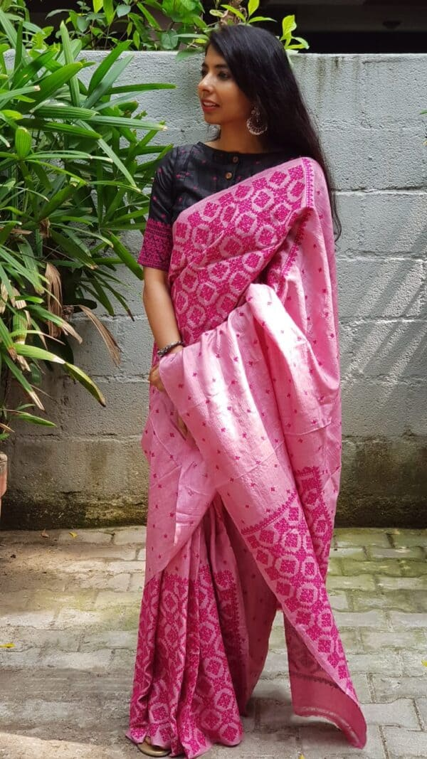 pink box kutch work saree1