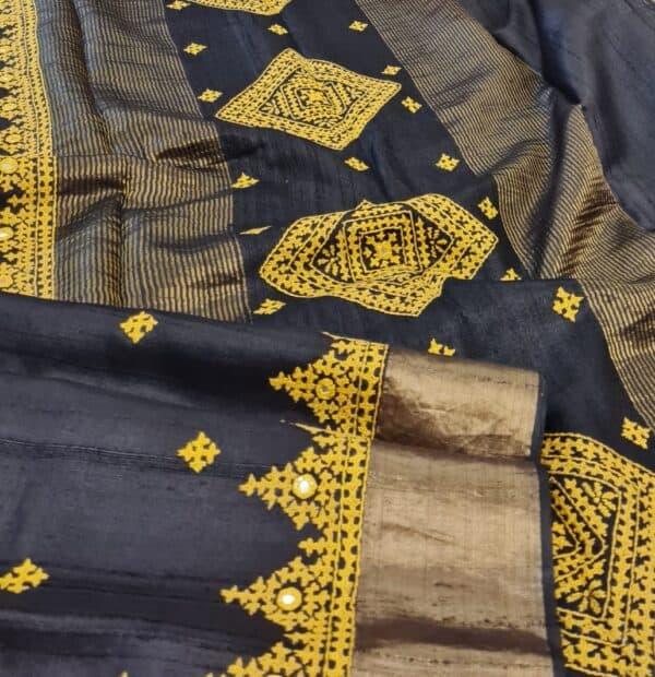 black zari border tussar1