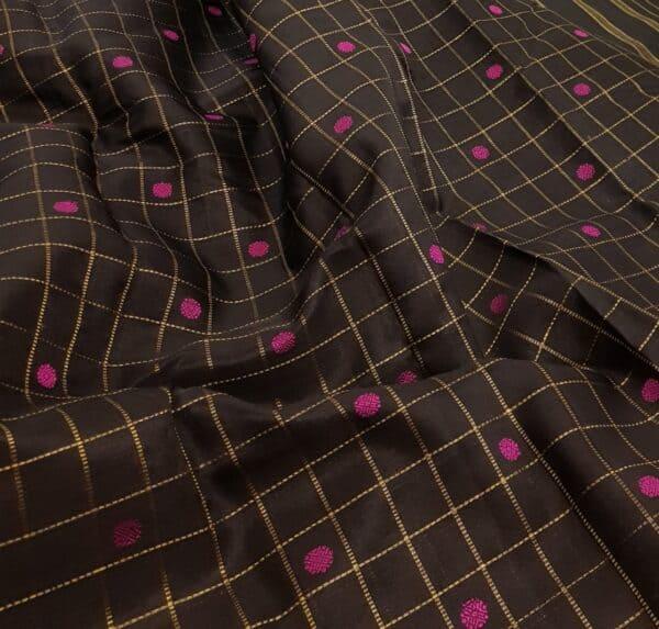 black kora with pink buttas2