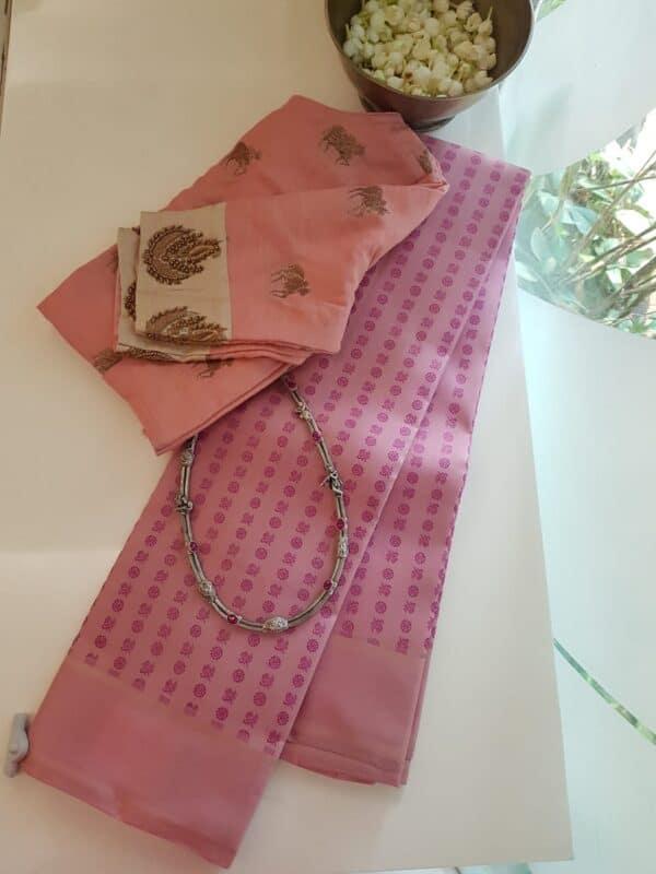 dusty pink mayil chakram