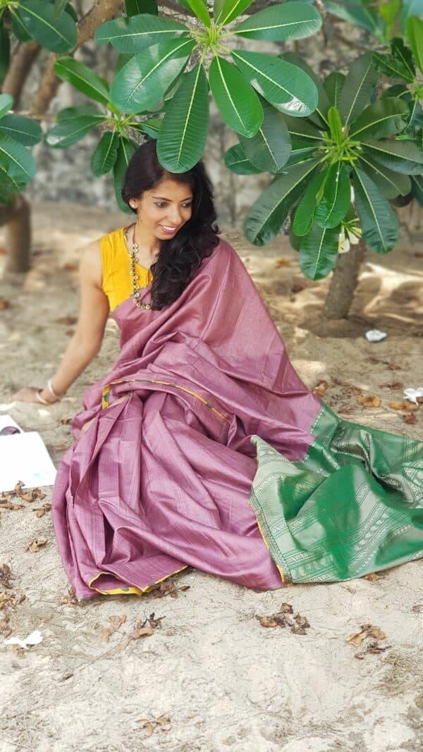 maroon tussar saree with green silk pallu1