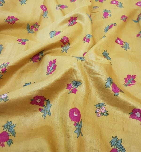mustard with pink pallu cutwork3
