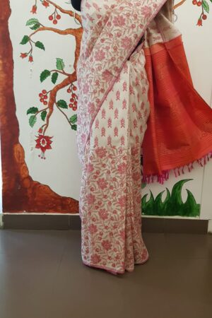 off white with pink pallu1