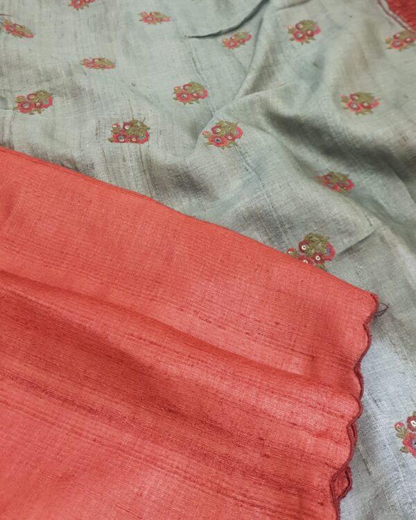 red with grey pallu3