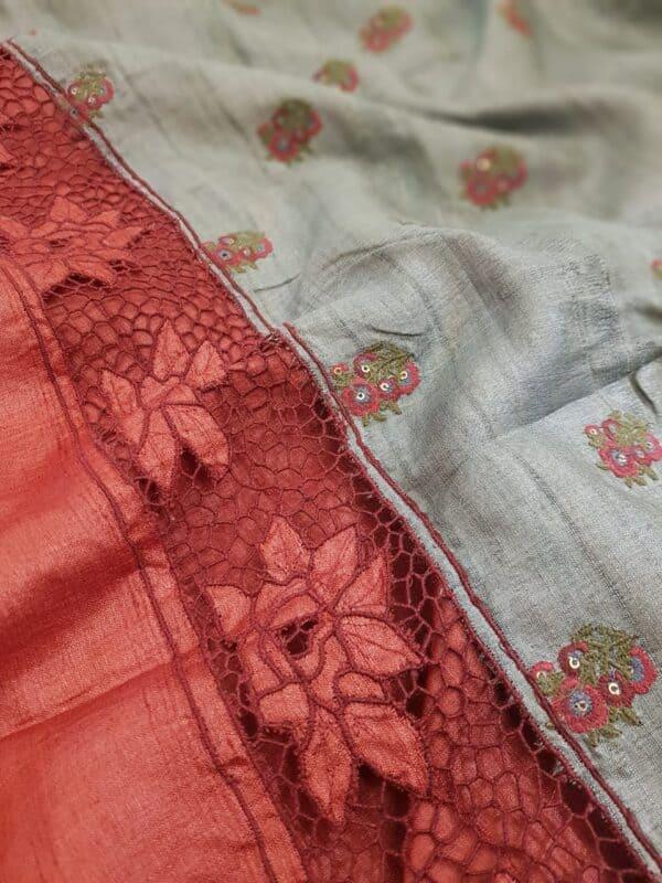 red with grey pallu4
