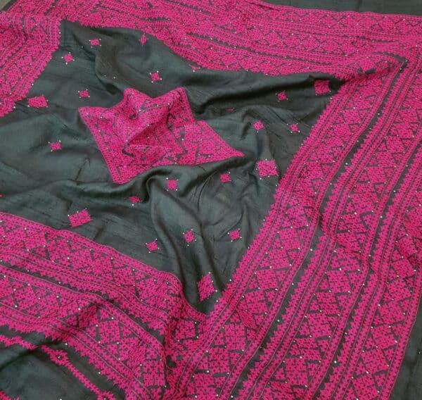 black tussar saree with pink kutch work2