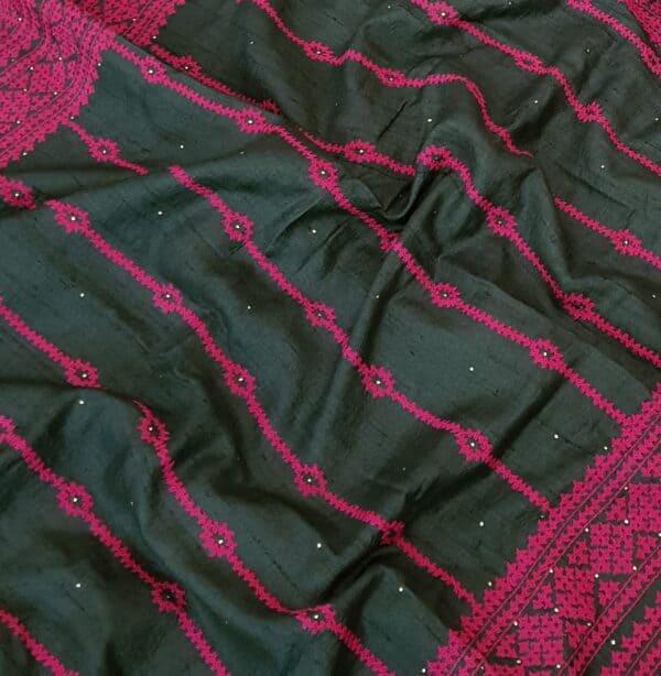 black tussar saree with pink kutch work3