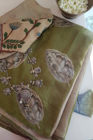 green hand painted and embroidered tussar saree1