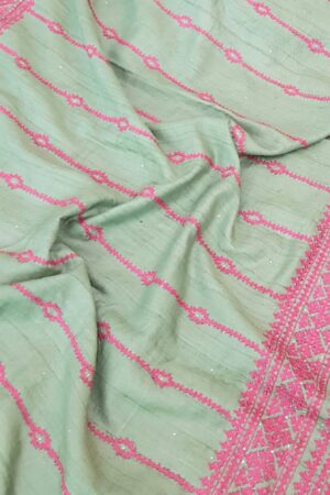 russian green tussar saree with pink kutch work3