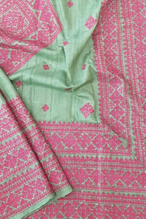 russian green tussar saree with pink kutch work4