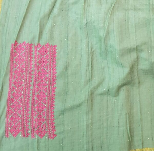 russian green tussar saree with pink kutch work5