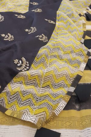 yellow beige and black zig zag kota saree with silk pallu4