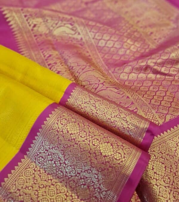 yellow with pink border1