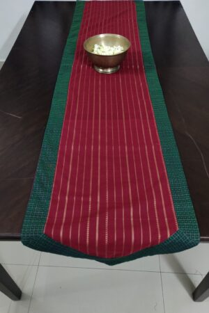 arakku table runner in cotton with lines 3