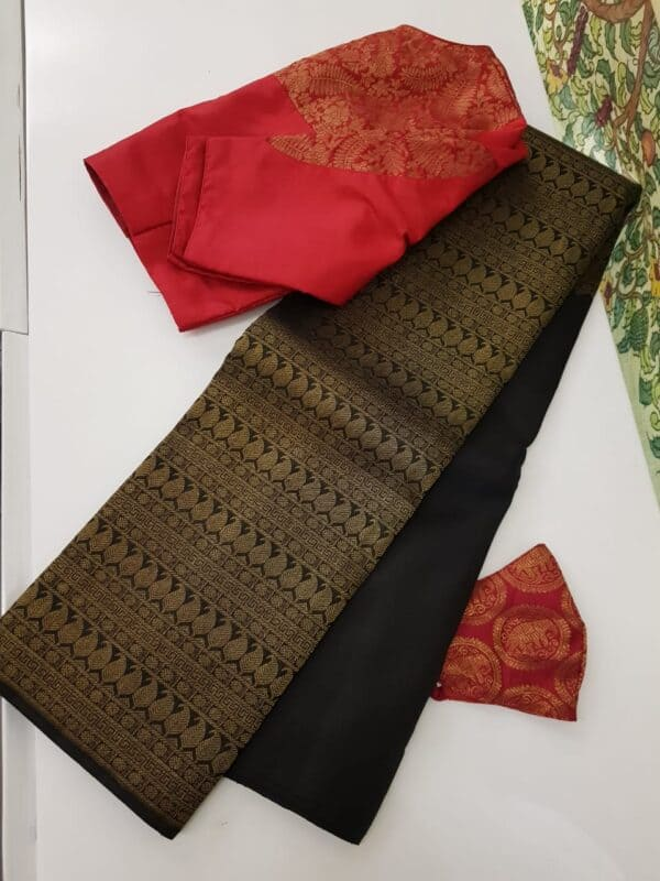 black half risng kanchi silk saree3