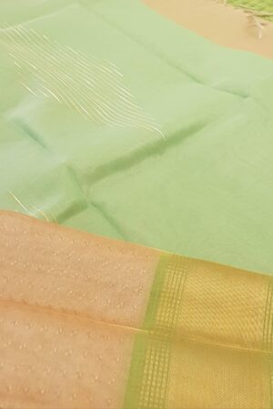 gold with green tissue tussar saree2