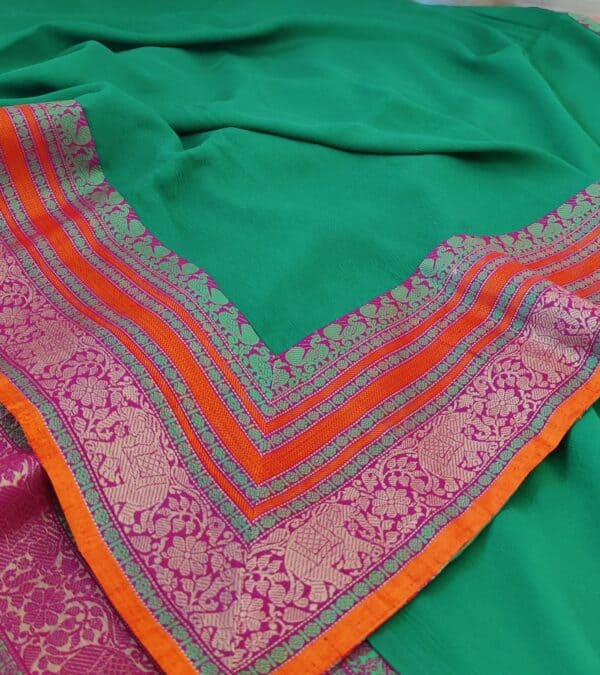 green chiffon saree with kanchi cotton border4
