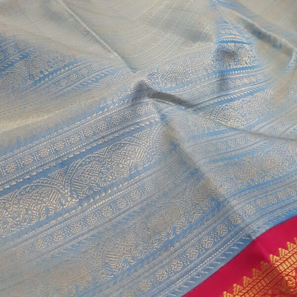 pastel blue with rani pink korvai border kanchi silk saree1