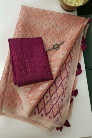peach saree with block print and dark pink pallu10
